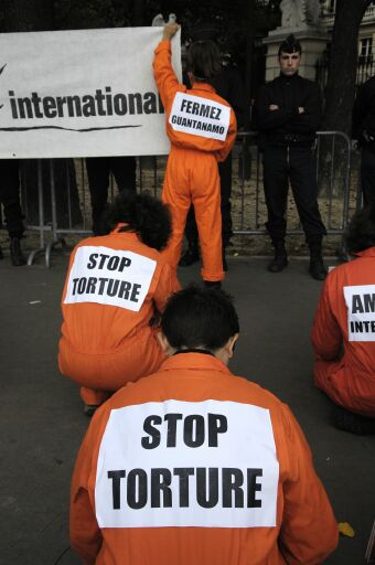 amnesty_guantanamo_hunger_strike_demo.jpg